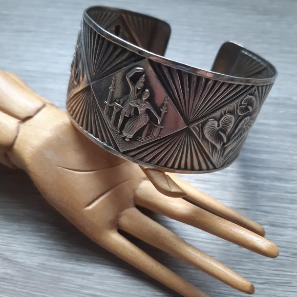 Vintage Sterling Cuff Bracelet Asian Themed
